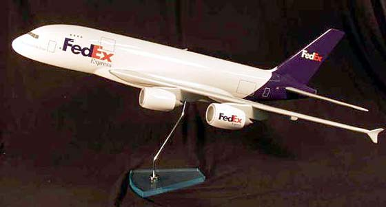 Flugzeugmodell: Federal Express (FedEx) Airbus A380-800 1:100 Frachter