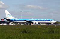 KLM Royal Dutch Airlines / Boeing 737-900