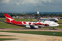 Qantas Airways / Boeing 747-400