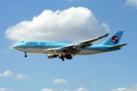 Korean Air / Boeing 747-400
